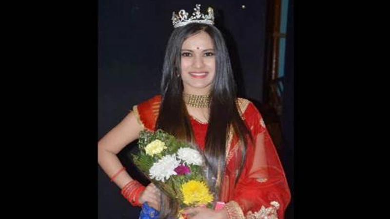 पानटपरीचालकाची मुलगी झाली 'मिस भारत अर्थ-2017'