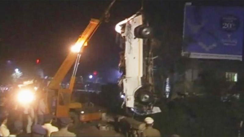 कोल्हापूर दुर्घटना : अर्धवट पूल 13 जणांच्या मृत्यूला कारणीभूत !