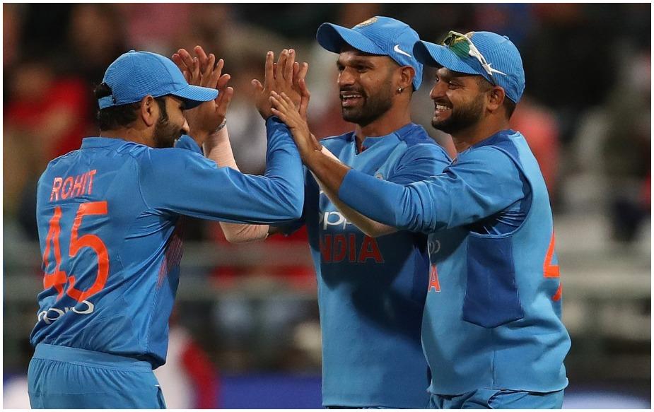 तर टीम रॅँकिंगमध्ये वनडेमध्ये  पहिल्या क्रमांकावर भारतच आहे. तर टी20 मध्ये पाकिस्तान  पहिल्या क्रमांकावर आहे.  टी20मध्ये  भारत तिसऱ्या क्रमांकावर आहे.