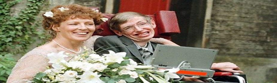 1979मध्ये केंब्रिजच्या राॅयल सोसायटीत गणिताचे प्राध्यापक म्हणून त्यांची निवड झाली.