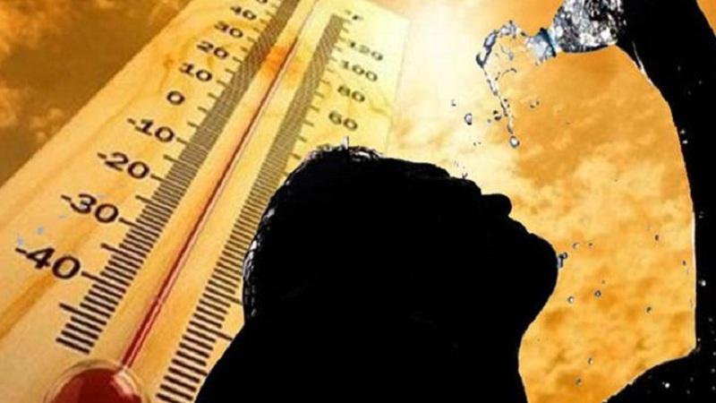 मुंबईकर 'ताप'ले ! मुंबईत तापमानाचा पारा वाढला