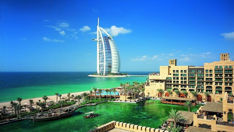 व्हिसाशिवाय दुबईमध्ये दोन दिवस फिरू शकतात भारतीय !