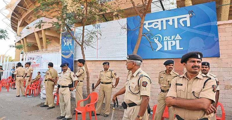आयपीएलमुळे मुंबई पोलिसांनी कमावले 31.5 कोटी !