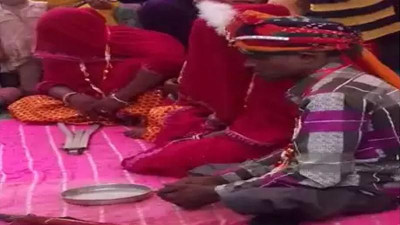 तीन बायका, एका नवरदेवाच्या लग्नाची गोष्ट ऐका !