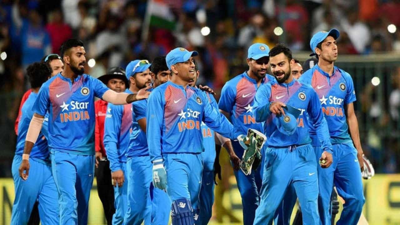दोन सामन्यांनंतर मालिकेत १-१ अशी बरोबरी साधल्यानंतर भारत आणि इंग्लंड यांच्यात आज निर्णायक सामना होणार आहे.
