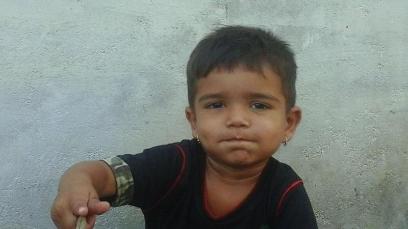 स्कूल बसच्या चाकाखाली चिरडून 3 वर्षाच्या मुलाचा मृत्यू