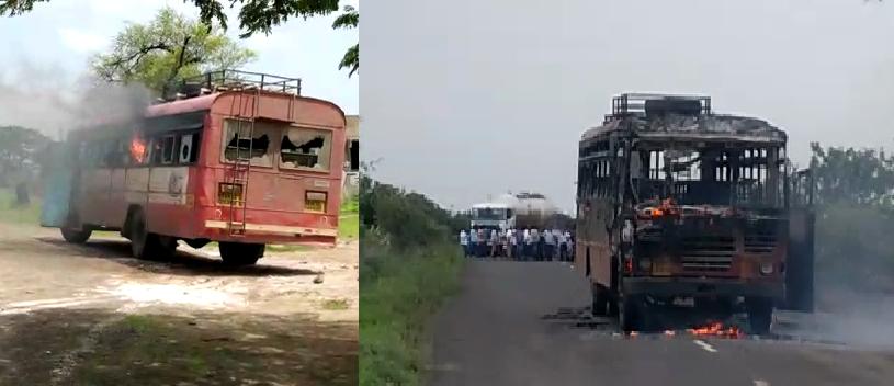 मराठा आंदोलकांनी सोलापुरात दोन बसेस जाळल्या, पंढरपुरातही बस फाेडली