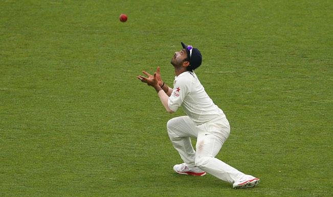 मुंबई, 3 ऑगस्ट : एजबेस्टनमध्ये सुरू असलेल्या भारत-भारतीय इंग्लंडचा कसोटी मालिकेचा आज तीसरा दिवस होता. आजच्या खेळादरम्यान अजिंक्य रहाणेने डेव्हिड मलानच्या चेंडूचा झेल घेतला आणि सामन्याचे रुपच बदलून टाकले.