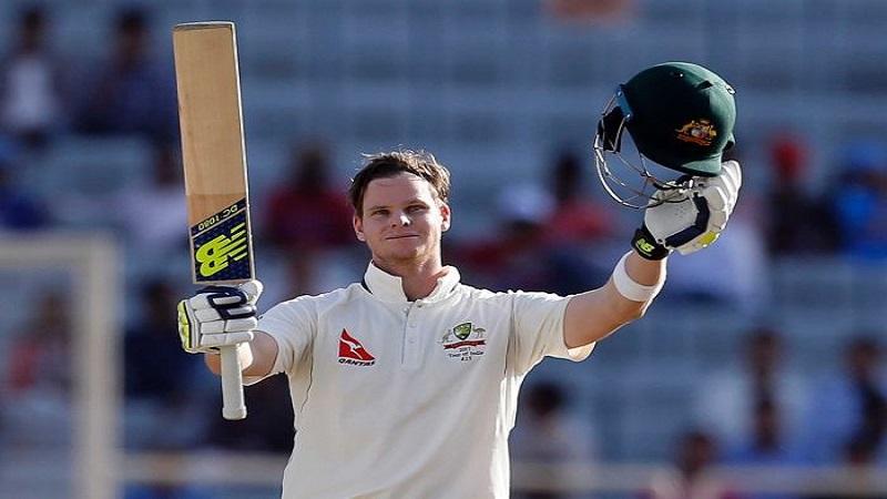 आयसीसी कसोटी यादीत विराट कोहली पहिल्या स्थानावर विराजमान झाला आहे. त्याने ऑस्ट्रेलियाच्या स्टिव्ह स्मितला मागे टाकत हा विक्रम केला आहे.