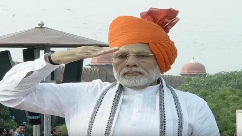 भविष्यातील भारत हा गरिबांचा आणि शेतकऱ्यांचा भारत असेल असे त्यांनी म्हटले. २०२२ पर्यंत शेतकऱ्यांची मिळकत दुप्पट होण्याचे आश्वासन त्यांनी दिले.