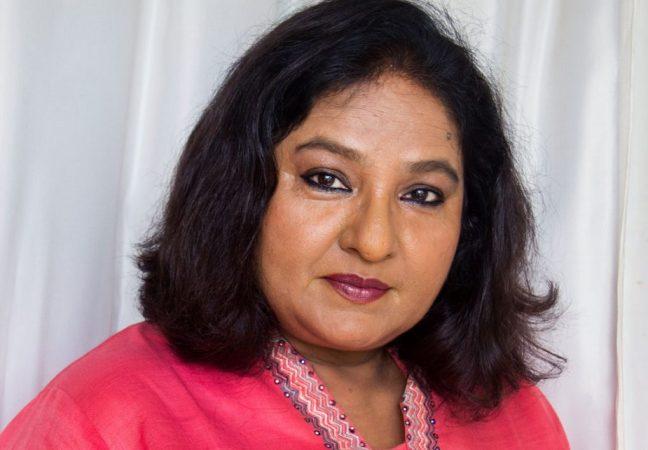 विभा छिब्बर - 'सपना बाबुल का बिदाई' या मालिकेत चर्चेत आलेली विभा छिब्बर बिग बॉसच्या घरात असणार आहे.   चक दे इंडिया आणि ब्लॅकमेल सिनेमातही त्यांनी काम केलंय.