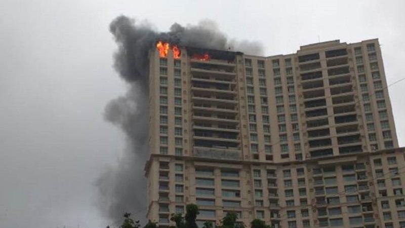 #BREAKING : क्रिस्टल इमारत आग प्रकरणी बिल्डराला अटक