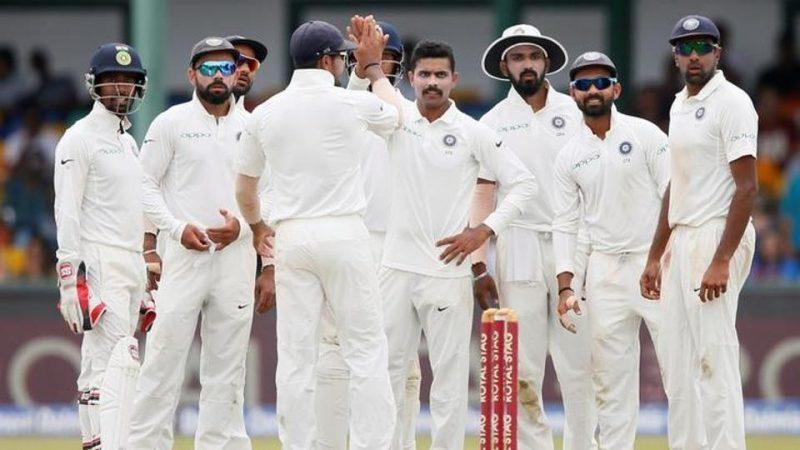 सोशल मीडियावर टीम इंडियाच्या ११ खेळाडूंची नावं समोर आली त्याचप्रमाणे इंग्लंडच्याही ११ खेळाडूंची नावं समोर आली आहेत. इंग्लंडच्या संघात दोन बदल करण्यात आले आहेत. बन स्टोक्सच्या बदली क्रिस वोक्स आणि डेव्हिड मलानच्या जागी यष्टीरक्षक पोपला संघात स्थान देण्यात आले आहे.
