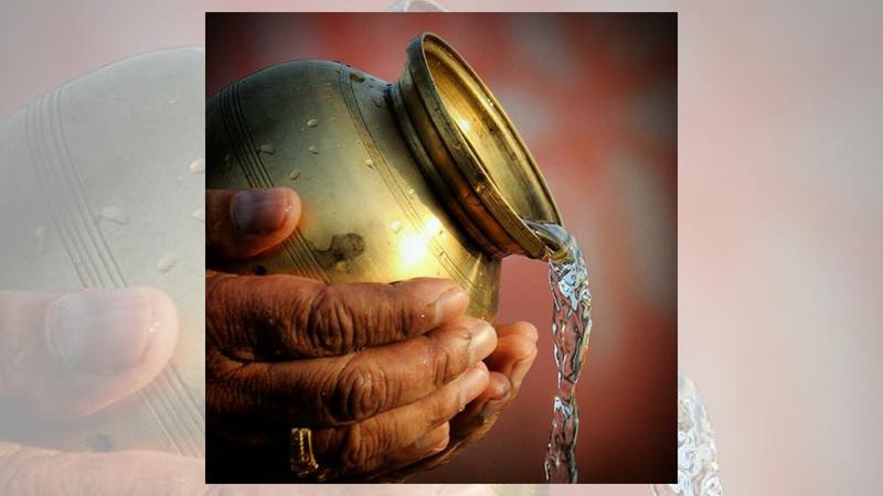 देवाला आंघोळ घातलेले पाणी तुळशीत वाहू नका