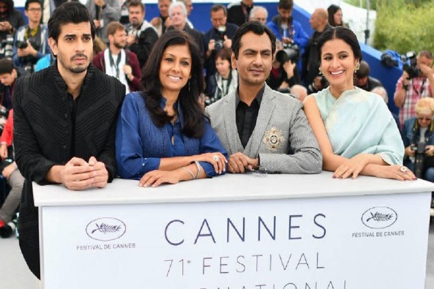 . अभिनेत्री नंदिता दासने केलेल्या चित्रपटाचा प्रीमिअर कान्स फिल्म फेस्टिवलमध्ये झाला होता. भारत- पाकिस्तान या दोन्ही देशांमध्ये मंटोंचं साहित्य लोकप्रिय आहे. अभिव्यक्ती स्वातंत्र्याचा पुरस्कार करणारं पुरोगामी साहित्य म्हणून त्यांच्या कथांकडे पाहिलं जातं.