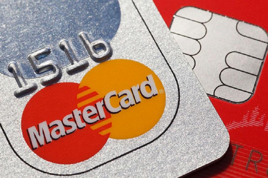 HPCL कोरल अमेरिकन एक्स्प्रेस क्रेडिट कार्ड: HPCL पेट्रोल पंपातून इंधन खरेदी केल्यावर 2.5 % कॅशबॅक मिळते किंवा HPCL पेट्रोल पंपातून 100 रुपयांचं इंधन खरेदी केल्यावर 6 पेबॅक पॉईंट्स मिळतात. याशिवाय, ICICI बँक HPCL कोरल क्रेडिट कार्ड - व्हिसा आणि HPCL पेट्रोल पंपावरून इंधन खरेदीवर 2.5% कॅशबॅक मिळते.