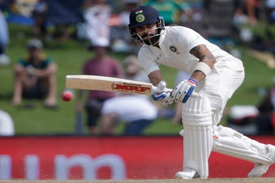 इतर खेळाडूंच्या तुलनेत विराट थोडं चांगलं खेळत होता पण त्याला ही ४९ धावात बेन स्ट्रोक्सने आऊट केले.