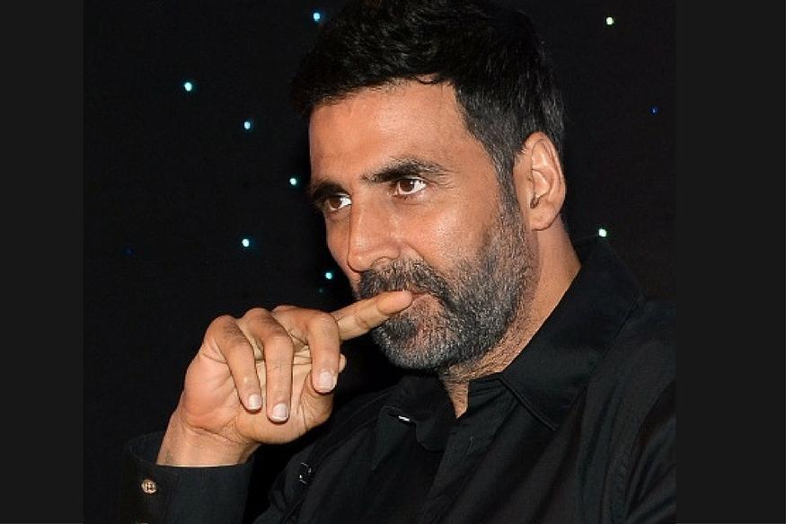 खिलाडी अक्षय कुमारला मुंबईच्या पावसाचा असा बसला फटका