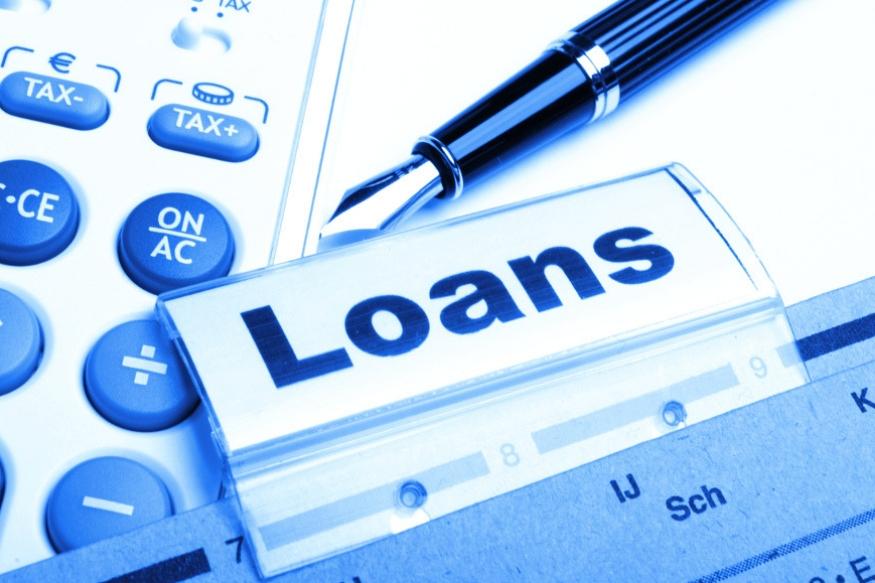 एखाद्या बँकेचं व्याजदर तुम्हाला जास्त वाटत असेल आणि ती बँक व्याजदर कमी करत नसेल तर तुम्ही बँक बदलून दुसऱ्या बँकेकडे तुमचं कर्ज ट्रान्सफर करू शकता. यासाठी तुम्हाला कुठलीही रक्कम मोजावी लागणार नाही. पण या पर्यायाचा सारखा वापर करु नका.