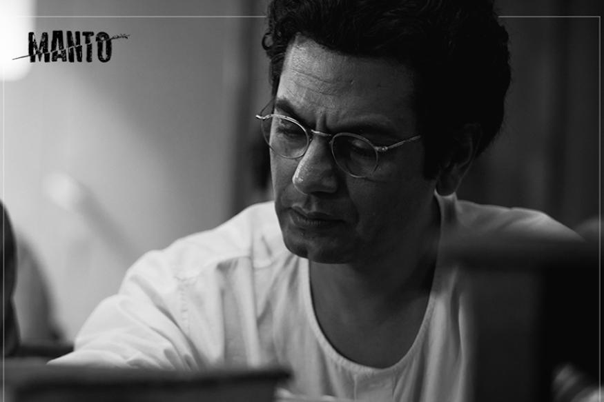 नवाझउद्दीन सिद्दिकीचा नवा सिनेमा मंटो उद्या प्रदर्शित होतोय. प्रसिद्ध उर्दू पाकिस्तानी साहित्यक सआदत हसन मंटो यांच्या आयुष्यावर हा चित्रपट आधारित आहे.