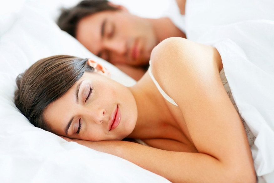 जेवढा ते व्यायाम करतात आणि डाएट फॉलो करतात तेवढीच ते शरीराला पुरेशी अशी झोप घेतात.