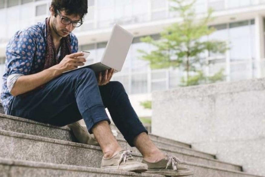 फोन आणि लॅपटॉपचा अतीवापर