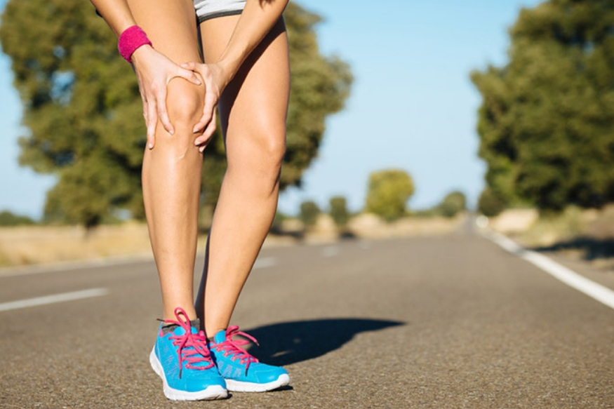 याकडे दुर्लक्ष केलं तर गुडघेही निकामी होऊ शकतात. सततच्या बसण्यामुळे पाठ दुखीचा आजार अधिक वाढू शकतो.
