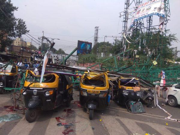 या दुर्घटनेत एकूण 10 जण जखमी झाले जखमींना ससून रुग्णालयात दाखल करण्यात आलंय. 10 पैकी चौघांची प्रकृती गंभीर असल्याचं सांगितलं जातंय.