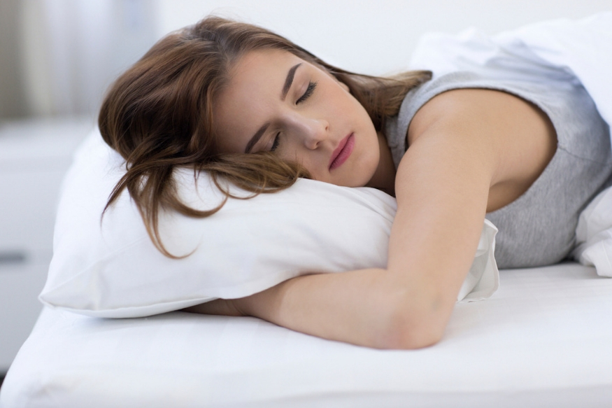 तुम्हाला काही समस्या असेल तर सरळ झोपा. यामुळे तुम्हाला थोडं रिलॅक्स वाटेल