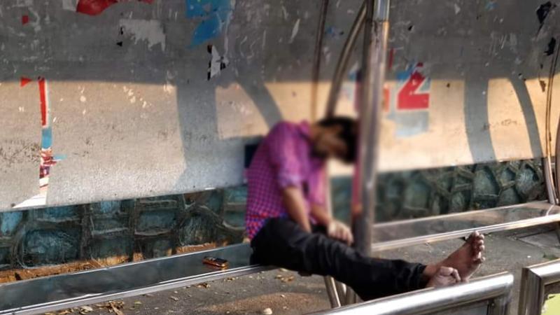 ठाण्यात टीएमटीच्या बसस्टाॅपवर विजेच्या धक्क्याने तरुणाचा मृत्यू