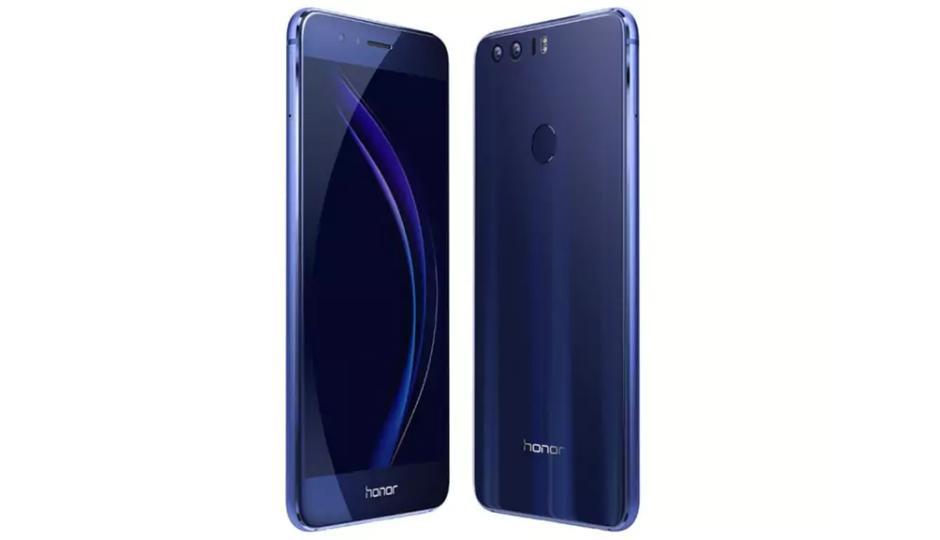 ऑनर कंपनीने नुकताच Honar 8-C स्मार्टफोन लाँच केला आहे. या फोनचा फ्रंट कॅमेरा 8 मेगापिक्सल आहे. जो तुम्ही फक्त 12,999 रूपयांमध्ये खरेदी करू शकता.
