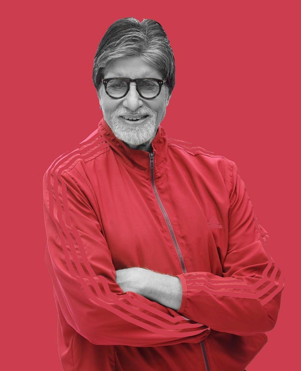 बॉलिवूडचे महानायक आणि ज्येष्ठ अभिनेता अमिताभ बच्चन 76 वर्षांचं आहेत. अमिताभ बच्चन यांची वर्षांची कमाई 33.5 मिलियन डॉलर आहे.