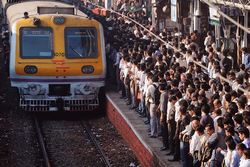 मुंबई लोकलवर दहशतवादी हल्ल्याचा इशारा, अलर्ट जारी