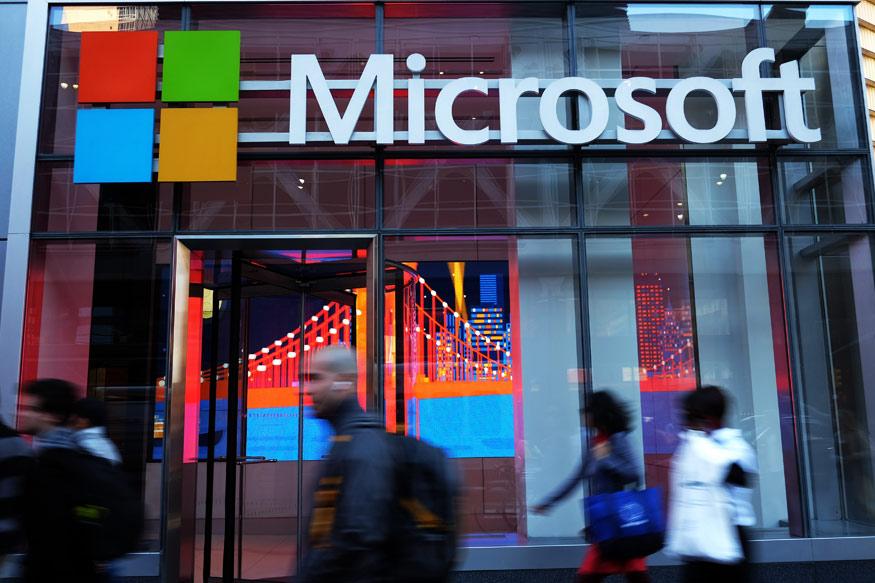 या प्लेसमेंट सीझनमध्ये आयआयटीमध्ये सर्वात जास्त पगार देणारी कंपनी मायक्रोसॉफ्ट ठरली आहे. मीडिया रिपोर्टनुसार, मायक्रोसॉफ्टने १.५ कोटी रुपयांचा सर्वात जास्त पगार ऑफर केला आहे. याआधीही मायक्रोसॉफ्टने मोठ्या पॅकेजच्या नोकऱ्या देऊ केल्या आहेत.