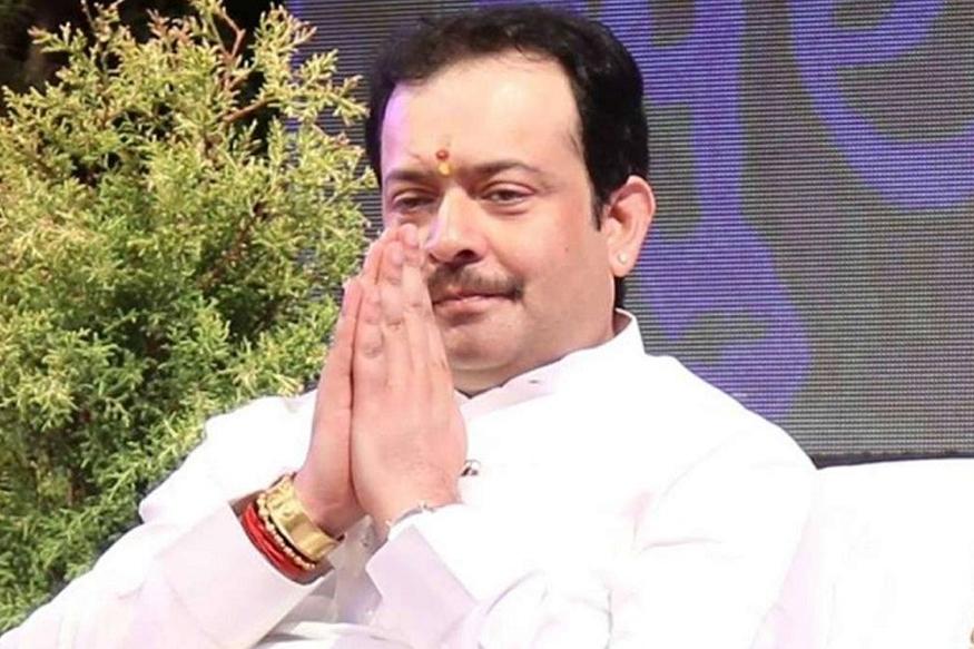 भय्यू महाराज आत्महत्या प्रकरणाचं महाराष्ट्र कनेक्शन!