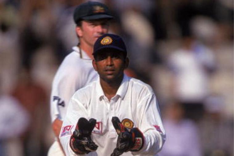समीर दिघे- समीर हे भारताचे यष्टीरक्षक आणि राईट हँडेड बॅट्समन होते. त्यांनी भारतासाठी ६ कसोटी सामने आणि २३ एकदिवसीय सामने खेळले आहेत. वयाच्या ३१ व्या वर्षी त्यांनी भारतीय संघात पदार्पण केलं होतं.