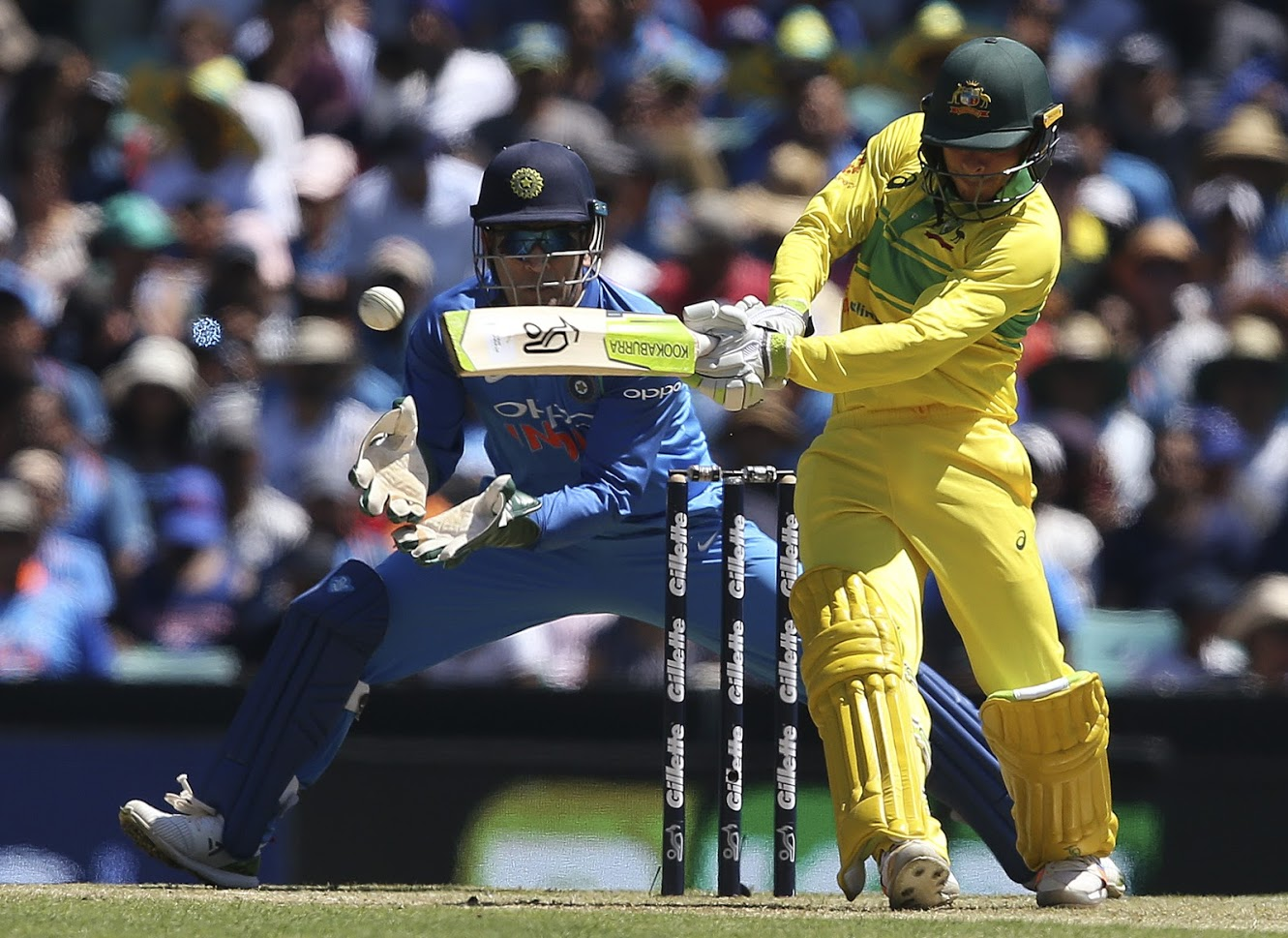 क्रिकेट ऑस्ट्रेलियाने याबद्दल अधिक माहिती देताना म्हटलं की, १९८६ मधील ऑस्ट्रेलियाच्या संघाने भारताविरुद्ध खेळताना ज्या किटचा वापर केला होता तोच किट सध्याचा ऑस्ट्रेलियाचा संघ वापरणार आहे. पीटर सिडल आठ वर्षांनंतर संघात पुनरागमन करत आहे तो या किटबद्दल फार उत्साहित आहे.