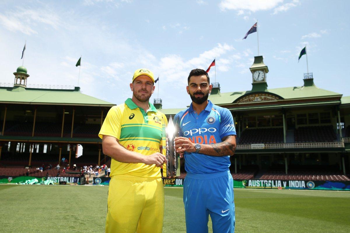 टी२० आणि कसोटी मालिकेनंतर भारत आणि ऑस्ट्रेलियादरम्यान आजपासून एकदिवसीय मालिकेला सुरुवात झाली आहे. तीन सामन्यांच्या या मालिकेत दोन्ही संघ मालिका जिंकण्यासाठी आपलं सर्वस्व पणाला लावणार आहेत.