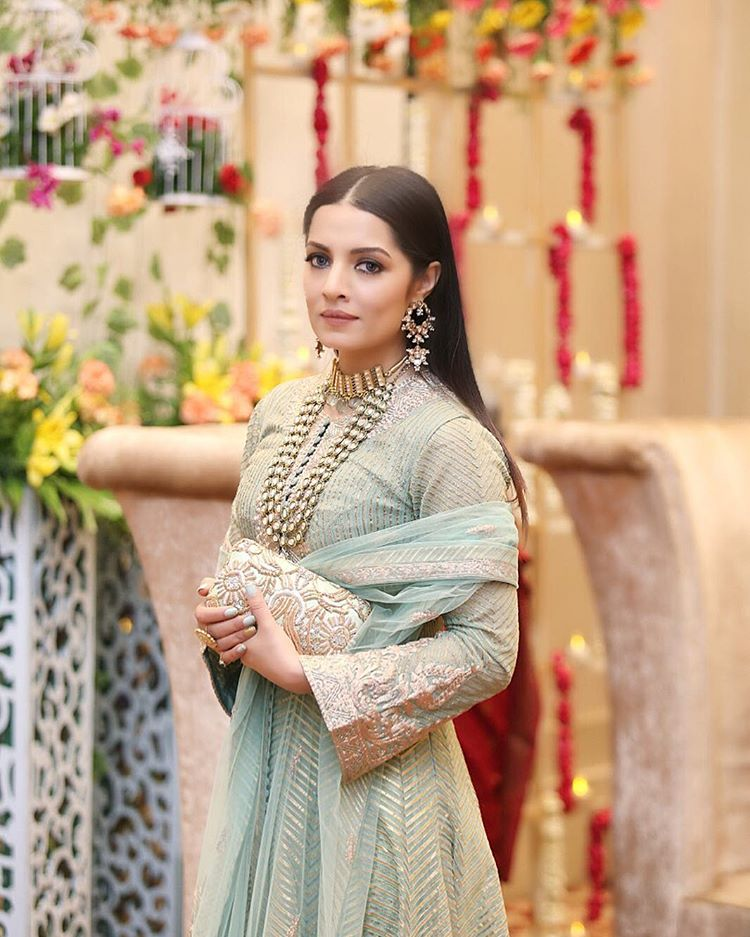 मिस इंडियाचा किताब आपल्या नावावर केलेल्या सेलिना जेटलीने २००३ मध्ये 'जानशीन' सिनेमातून बॉलिवूड करिअरला सुरुवात केली. या सिनेमात फरदीन खानसोबत तिने अनेक बोल्ड सीन दिले. तिने 'खेल', 'सिलसिले', 'नो एन्ट्री', 'जवानी- दिवानी', 'जिंदा', 'अपना सपना मनी मनी', 'रेड', 'शाकालाका बूम- बूम', 'मनी है तो हनी है', 'गोलमाल रिटर्न्स', 'पेइंग गेस्ट', 'थँक्यू' अशा काही सिनेमांत काम केलं. मात्र तिचंही करिअर फार पुढपर्यंत जाऊ शकलं नाही.