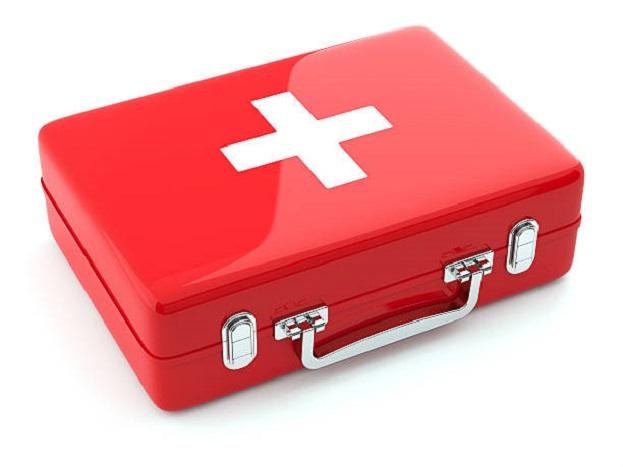 फर्स्ट एड बॉक्सची सुविधा: प्रत्येक पेट्रोल पंपावर  फर्स्ट एड बॉक्स असणं महत्त्वाचं आहे.