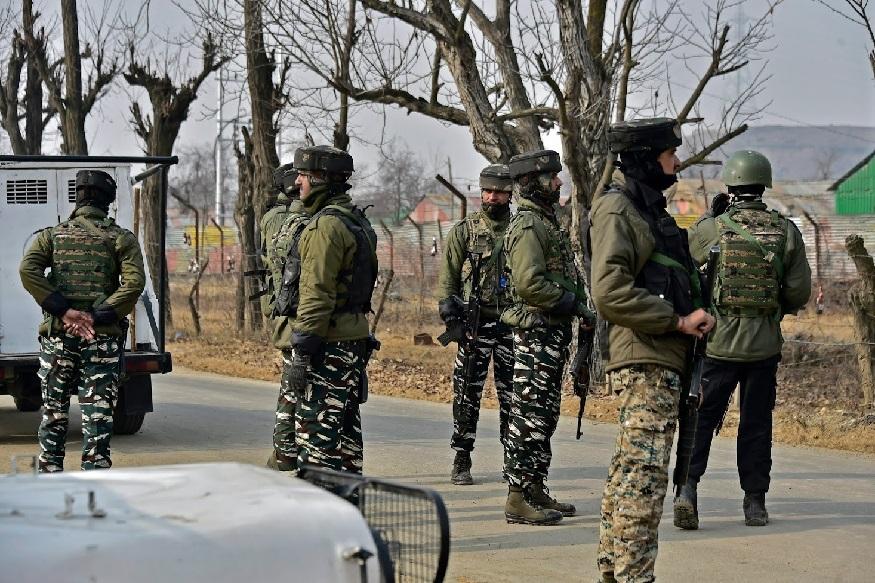 भारतीय हवाई दलाने मंगळवारी पहाटे पाकव्याप्त काश्मीरमधील बालाकोट इथल्या दहशतवाद्यांच्या तळांवर मिराज 2000 या लढाऊ विमानांनी बॉम्ब हल्ला केला. यात दहशतवाद्यांचे प्रशिक्षण तळ उद्ध्वस्त झाले.