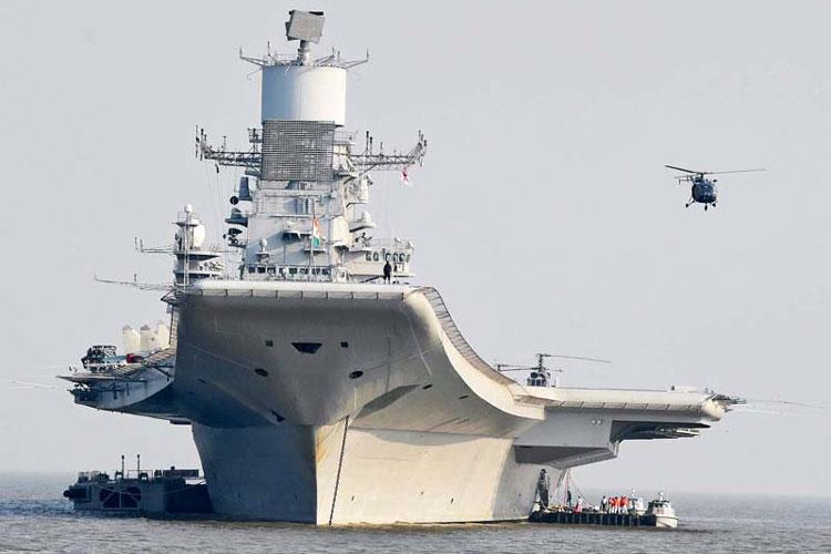 INS विक्रमादित्यः 44,500 टनाचं विमान 2013मध्ये नौदलात सामील झालं. याची लांबी 283.1 मीटर आणि उंची 60.0 मीटर आहे. यावर 22 डेक आहेत. तीन फुटबाॅल मैदानाएवढं या विमानाचं क्षेत्रफळ आहे. यात 1600 लोकांना घेऊन जाण्याची क्षमता आहे. हे 100 दिवस सलग समुद्रात राहू शकतं.