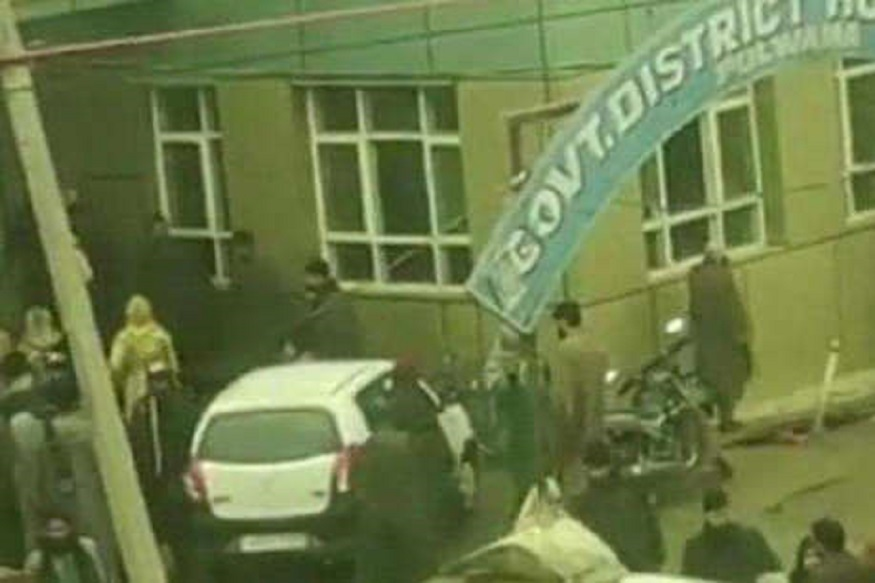शाळेमध्ये भीषण स्फोट, 17 विद्यार्थी गंभीर जखमी