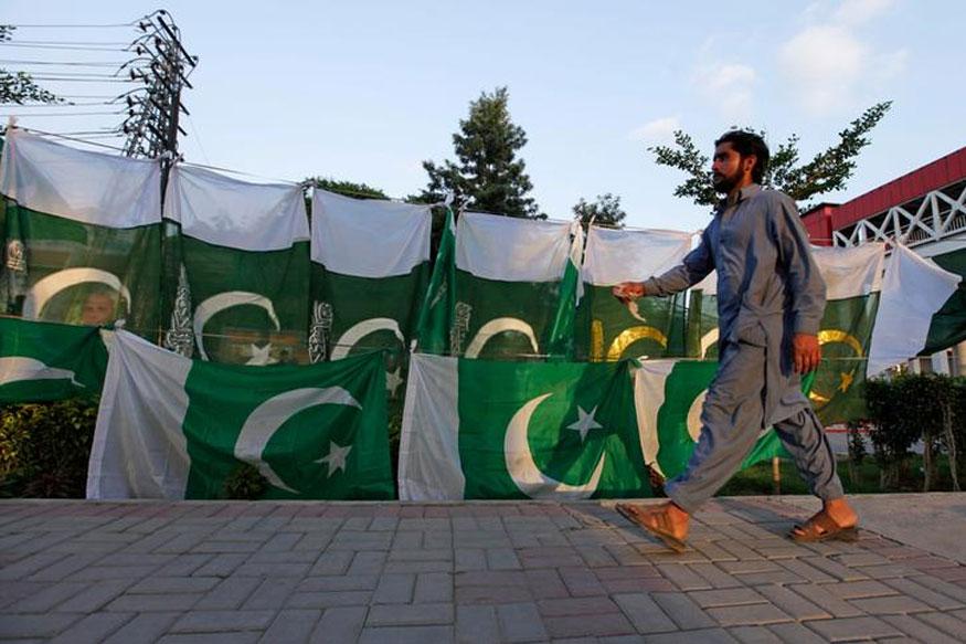 पुलवामाला झालेल्या दहशतवादी हल्ल्यानंतर भारतानं पाकिस्तानचा यामागे हात असल्याचा पुरावा इतर देशांना दिला.