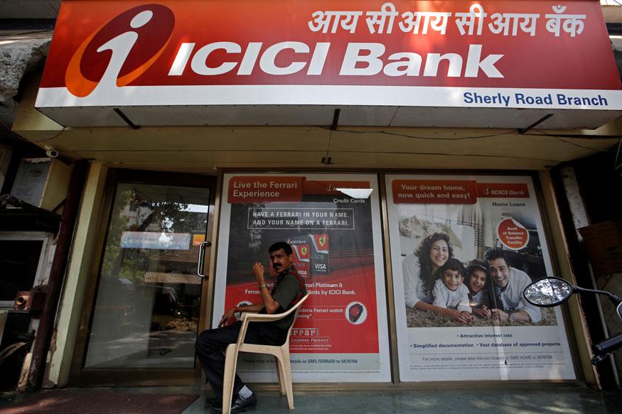 ICICI बँक - ही बँक 290 ते 364 दिवसांपर्यंत 6.50 टक्के व्याज देते. या बँकेत 1 कोटींची एफडी ठेवलीत तर तुम्हाला साडेसहा लाख व्याज मिळू शकतं.
