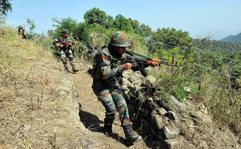 काश्मीर: LoCवर 10 दहशतवादी लपले, व्यापार थांबवला!