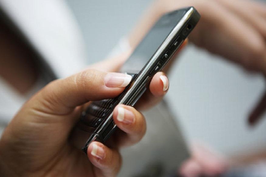1 मार्ड 2019पासून LIC डिजिटल होतेय. तुम्ही तुमचा मोबाईल नंबरही रजिस्टर करायला हवा.