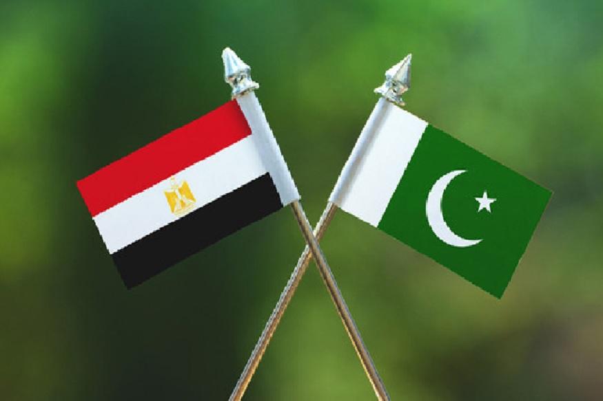 अरब गणराज्य इजिप्त आणि इस्लामिक गणराज्य पाकिस्तान यांचे चांगले संबंध अनेक वर्ष आहेत. 1947मध्ये जिन्ना इजिप्तच्या राजाच्या आमंत्रणावरून भेटायला गेले होते. युद्ध झालं तर इजिप्त पाकिस्तानची साथ देईल.