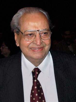 प्राण यांना तीनवेळा सर्वोत्कृष्ट सहाय्यक अभिनेत्याचा फिल्मफेअर पुरस्कार मिळाला आहे. तसेच १९९७ मध्ये फिल्मफेअर लाइफ टाइम अचीव्हमेंट पुरस्काराने त्यांना गौरवण्यात आलं.
