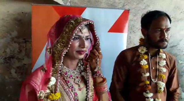 तृतीयपंथीय व्यक्तीचं लग्न भारतासारख्या देशात अजिबात मान्य होत नाही. आता जुनैदच्या घरच्यांनी आमचं लग्न स्वीकारावं एवढी एकच इच्छा आहे. म्हणजे मला सासरच्यांची सेवा करता येईल, असं जया म्हणाली.